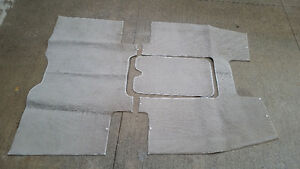 2003 Glastron GX185 used snap in carpets