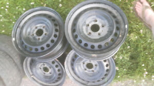 Like new steel wheels
