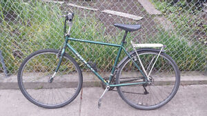 21 speed 52cm Frame Norco Axia Hybrid Bicycle