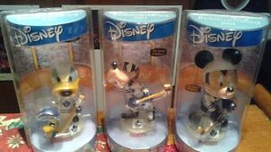 DISNEY MICKEY DONALD DUCK AND GOOFY TORONTO MAPLE LEAFS BOBBLES