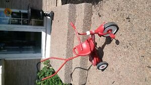 Radio Flyer Steer and Stroll Trike, excellent condition