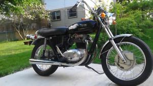 1971 BSA thunderbolt