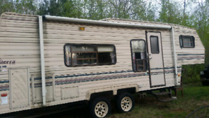 24 ft fifth wheel trailer
