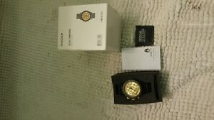 38-20 Black and Gold Nixon Chronos Watch Peterborough Peterborough Area image 4