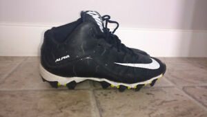Boys Size 6 Nike Cleats