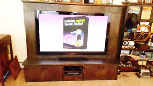 TV Samsung 58 Inch HDTV With Entertainment Cabinet