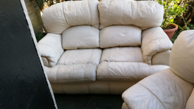 Free to collector 2 settees and chair