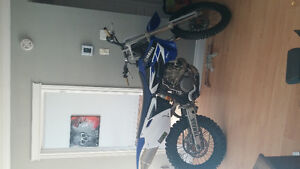 yaman à yz450f  2003  en bonne condition     2300$nego en person