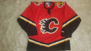 Calgary flames ccm men's large jersey