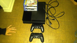 PS4 (mint condition)