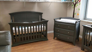 Crib and changing table new in box Kitchener / Waterloo Kitchener Area image 4