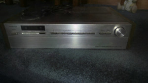 Toshiba Digital Synthesizer model SA-850; Kenwood cassette deck
