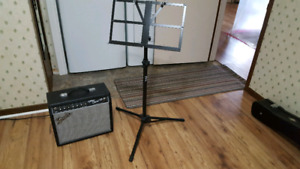 Amp and steardy music stand