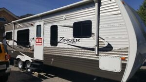 RV Travel Trailer for Rent