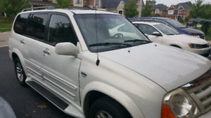 2004 Suzuki XL Limited with Leather interior
