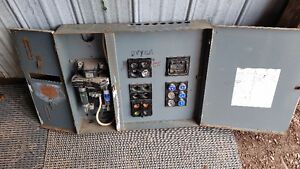 100 Amp Fuse Panel With Fuses