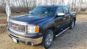 2011 GMC sierra reduced price $22600 OBO no tax sale by owner