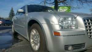 2005 Chrysler 300 with certified n e tested