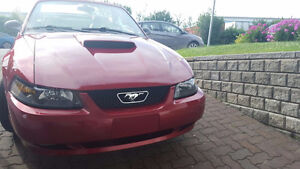 LIKE NEW-40 ANNIVERSARY CONVERTIBLE-RARE FORD MUSTANG-NEGOTIABLE