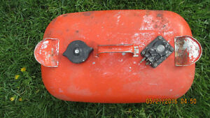 5 VINTAGE METAL  OUTBOARD MOTOR GAS TANKS