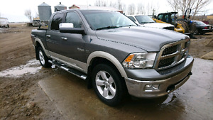 Dodge Laramie Loaded 4x4