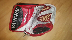 Vaughn Epic 8000 Goalie Glove