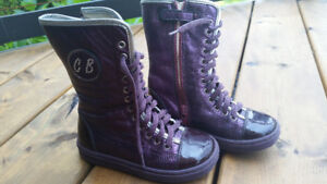Purple leather size 7/8 toddler shoes