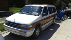 1992 Plymouth Voyageur