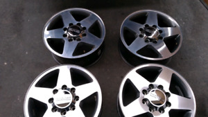 "20"" 8 Bolt factory gm 2500 wheels"