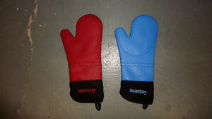 2 Starfrit Silicon Oven Mitt Mitts Cotton Lining Comfortable