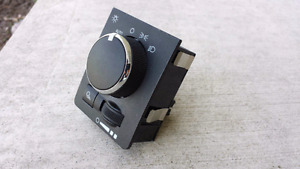 DODGE RAM 1500 HEADLIGHT SWITCH (WITHOUT FOG LIGHTS)