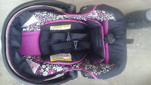 Evenflo car seat and stroller Cambridge Kitchener Area image 4