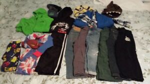 Bag of size 3t boys clothes