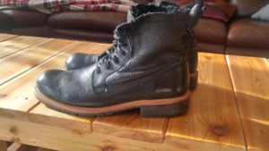 "Mens Black Boots ""Andrew Marc"" Size 13"
