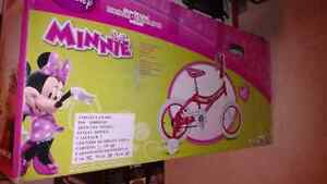 """Brand new in Box 14"""" Minnie Mouse Bicycle"""