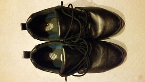 Leather shoes -- Dr Scholl's