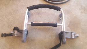 Chariot's Chinook Car Seat Adapter