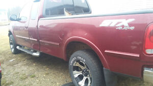 2004 FORD F 150  FOR SALE