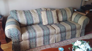 ***SOLD*** 3 Seater Couch