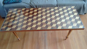 Coffee table, veneer inlay, turned legs