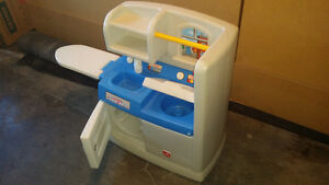 Toy washer & dryer play set