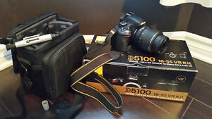 Camera D5100 Nikon with acessories