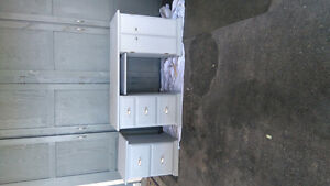 Wood desk and filing cabinet Stratford Kitchener Area image 2