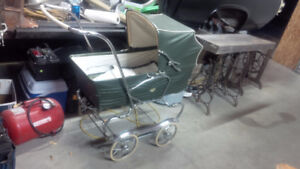 Vintage 1950's Gendron 3 in 1 baby carriage
