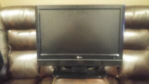 "LG 20"" HDTV"