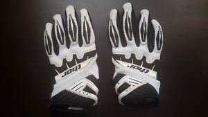 2 Kids Dirtbike Motorcycle Gloves Like new XS and Small