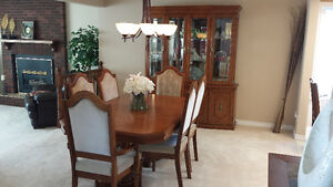 Dining Room Set - Moving and Downsizing Must Sell!!
