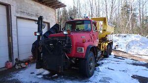 Ford L9000 Plow Truck