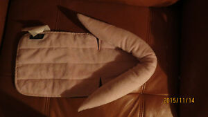 Nice pink baby head support pillow in excellent condition