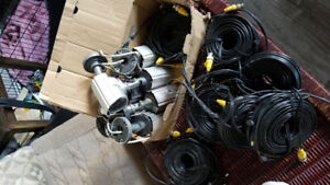 selling 7 security cameras with wiring